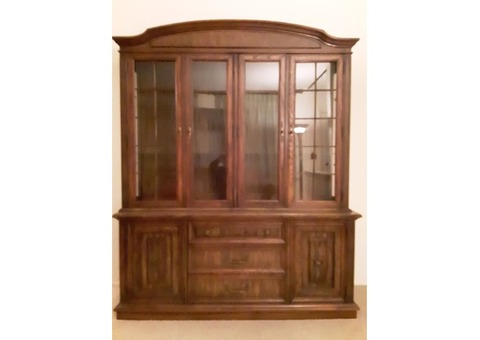 dining room china cabinet & hutch